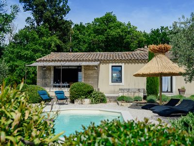 Photo for 3 bedroom Villa, sleeps 4 in Eyragues with Pool, Air Con and WiFi