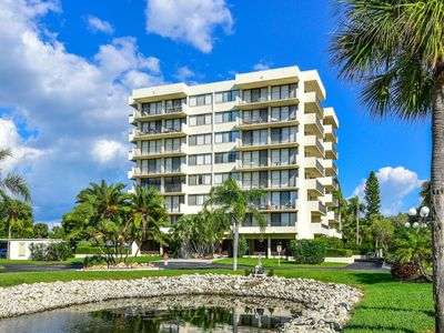 Photo for Beach Condo (remodeled Oct 2019) across from Siesta Key Beach