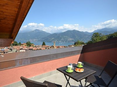 Photo for Holiday apartment overlooking lake