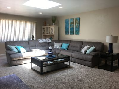 Photo for 3 Bed/2 Bath, Pacific Beach House!! Parking  + 5 bikes Included! Families only..