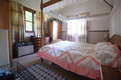 Main bedroom with a 6ft Four Poster bed.