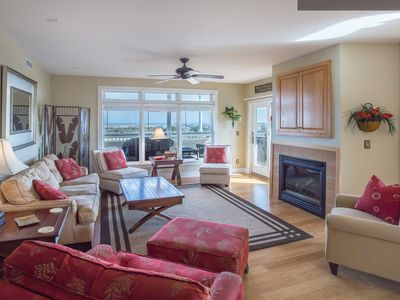 Photo for Memories By The Sea: Free 1pm Early Check-in July 7th, Dog-Friendly Condo