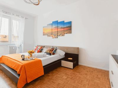 Photo for Bright and spacious apartment completely renovated that can accommodate up to 4 people!