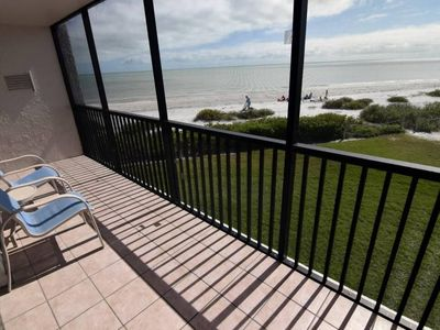 Photo for 2 bedroom Gulf front unit 25 ft from the beach PLUS $100+ Exclusive Beach Resort Discounts on Food,