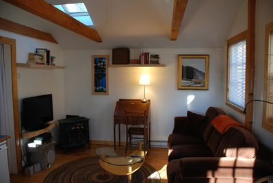 Cozy fireplace, writing desk, flat screen TV and surround sound. High speed WIFI