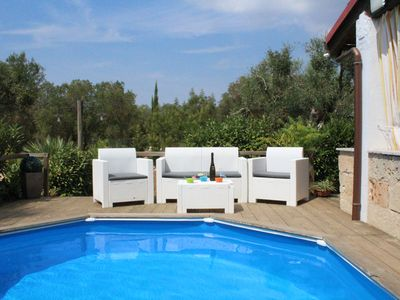 Photo for Charming villa with pool 3 km from the sea