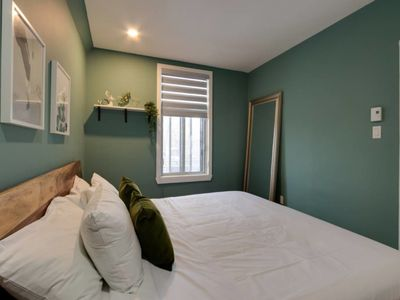 Photo for 3 bedroom apartment in the Mile end