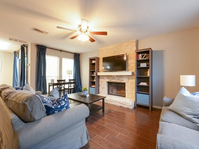 NW Hills, 2.5 bath, close to downtown