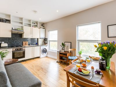 Photo for Bright spacious 2 bedroom Apartment in Camden/Kentish Town