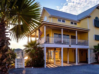 Photo for Pet Friendly~Sleeps 12~Located Lagoon Front~Gulf is only steps away! Book Now