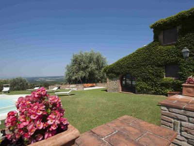 Photo for Sparkling 8 bedroom House in Siena (Q2243)