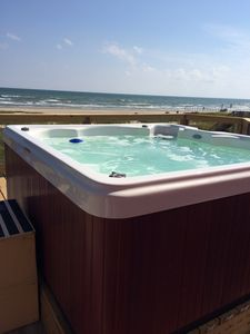 Forget about your worries in our crystal clear hot tub that seats 6 comfortably.