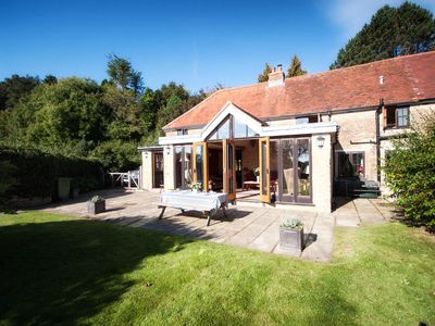 Photo for Beautiful cottage with stunning views of the countryside