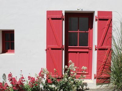 Photo for In the heart of old St Gilles, charm & romance