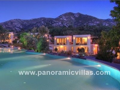 Photo for 5 bedroom Villa, sleeps 10 in Ortakent with Pool, Air Con and WiFi