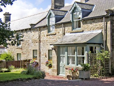 Photo for TOWNFOOT COTTAGE, pet friendly, with open fire in Elsdon, Ref 866