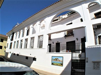Photo for Modern, family - friendly 3 bedroom town house in the heart of Denia.