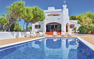 Photo for 4 bedroom accommodation in Cala Morell