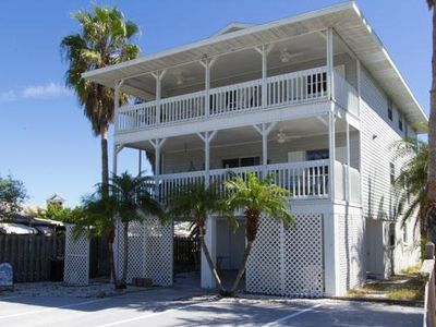 Photo for Quiet 2B/2B Upstairs Condo w/ Large Deck, short walk from Beach and Shopping
