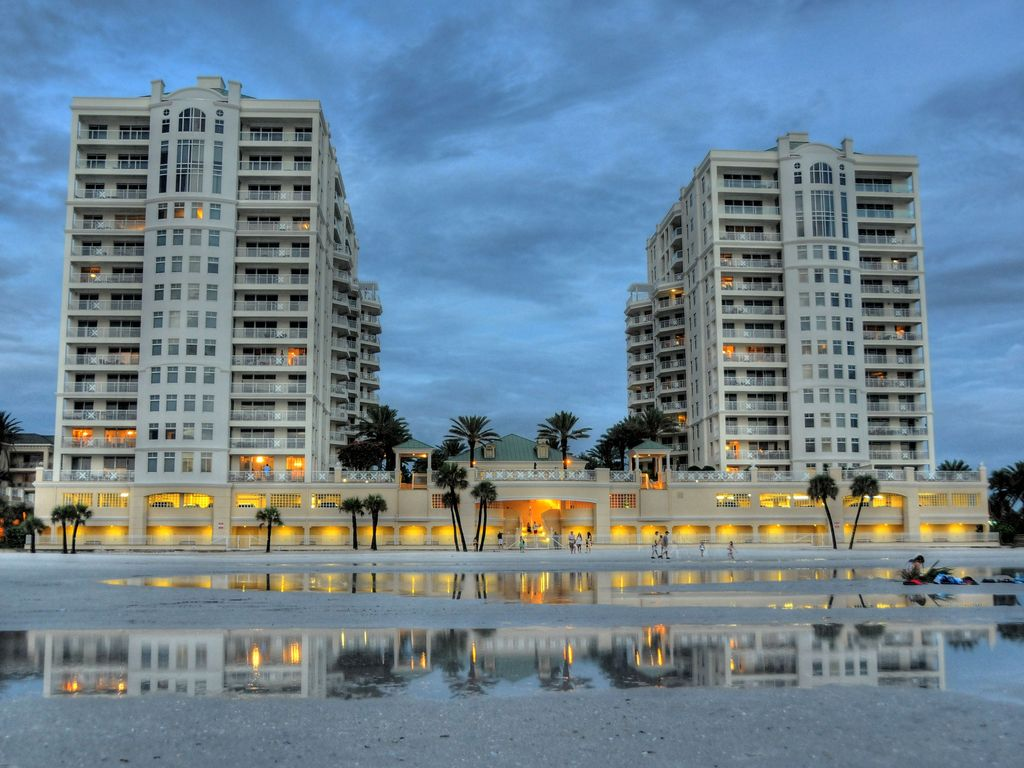 Beach Front Luxury 3br Condo At Mandalay Club