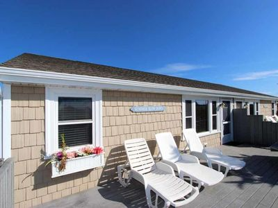 Photo for Charming Duplex Unit Close To Beaches!
