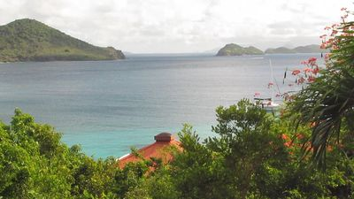 Scanning to the right..Thatch Cay and the BVI's including Jost Van Dyke &Tortola
