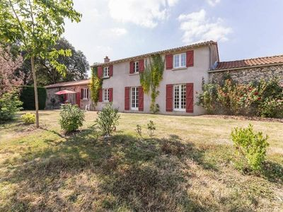 Photo for Gite Oudon, 4 bedrooms, 7 persons