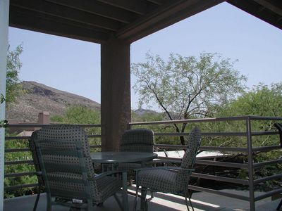 Spacious patio with views of the Catalinas