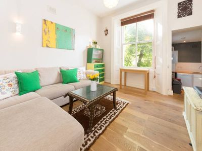 Photo for Gorgeous 2 Bedroom Apartment in Notting Hill