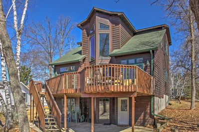 Experience Crosslake has to offer at this spacious 4-bedroom, 3-bathroom house!
