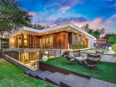 Photo for Beautiful, Contemporary Home in Central Austin