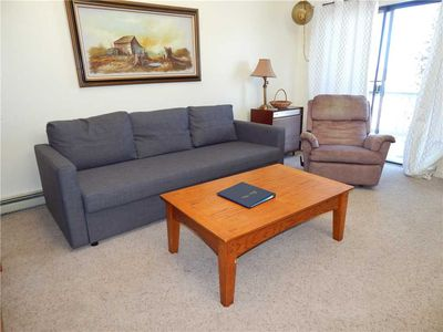 Photo for Spacious 2 bedroom unit on the 2nd floor with mountain views