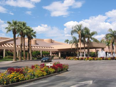 The Palm Valley Country Club Clubhouse