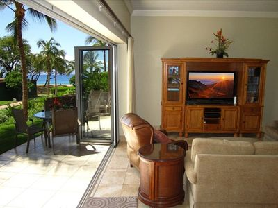 99 steps to beautiful Ka'anapali Beach from this southern facing unit.