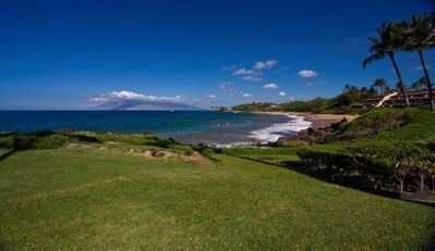 Amazng View from Makena Surf F110