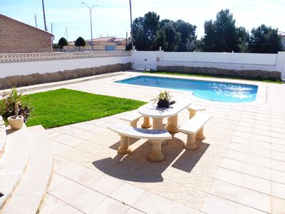 Photo for **** MAGNIFICENT INDIVIDUAL VILLA WITH PRIVATE SWIMMING POOL / WIFI, 6 persons ****