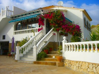 Photo for Comfortable, well-kept apartment, WIFI, air and Pool in deadlock, sandy beach nearby