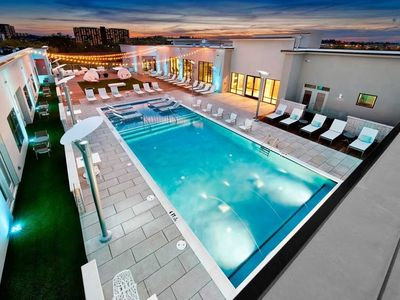 Photo for Apartment in Nashville with Internet, Pool, Air conditioning, Lift (698117)
