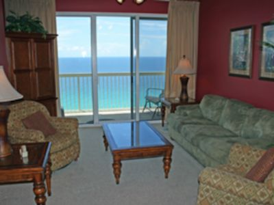Photo for Great oceanfront condo w/ shared pools, tennis, fitness center - walk to beach!