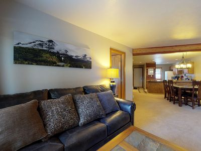 Photo for NEW LISTING! Mountain view condo w/shared pool/hot tub, patio, grill & fireplace