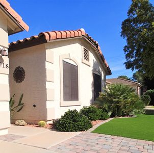 Photo for Adorable, Sparkling Clean Home in Fabulous Val Vista Lakes Community!!