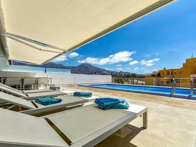 Photo for Luxury 2 bedrooms apartment in La Caleta Palm, private pool, heating included
