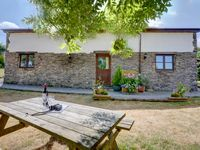 Clean, well equipped and With great views of the rolling hills and surrounding farmland