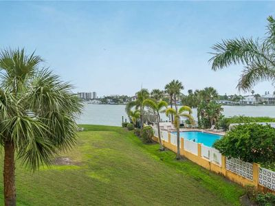 Photo for The Palms of Treasure Island 101, 2 Bedrooms, Bay Front, Pool, Sleeps 6
