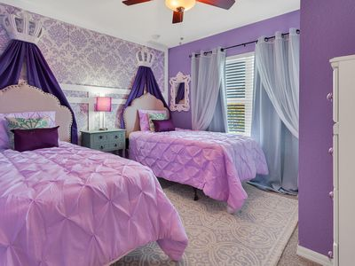 Photo for 4BR Luxury home, Themed rooms -10Minutes to DISNEY