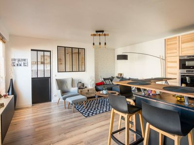 Photo for Superb and bright rooftop apartment