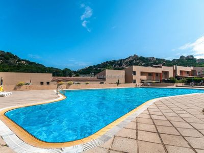 Photo for Sea view apartment in Costa Paradiso. Access to the pool.