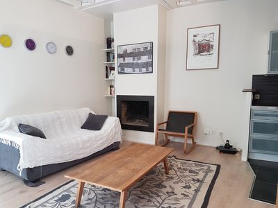 Photo for Quiet and bright apartment on the inner courtyard in Bastille. 1st floor.