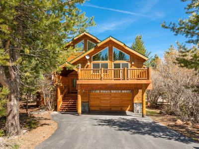 Photo for Luxury Tahoe Donner home on quiet street, 2 minutes to hiking and mt. biking!
