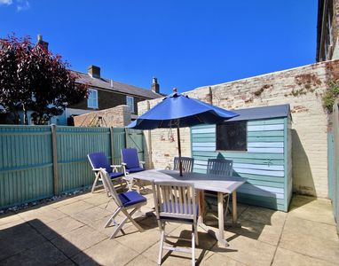 Photo for Modern holiday home in Walmer, Deal with parking
